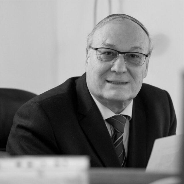 Read more about the article Zemřela legenda šprtce Jiří Ventruba